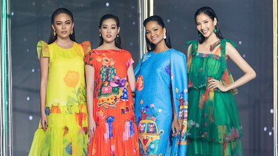 Beauty queens return to fashion show following COVID-19 epidemic
