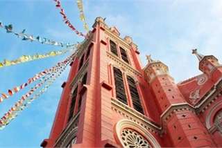 Vietnamese locations receive praise from international media outlets