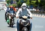 Hanoi endures second heat wave, temperatures drop in HCM City