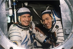 Memorable images showcase local astronaut in space