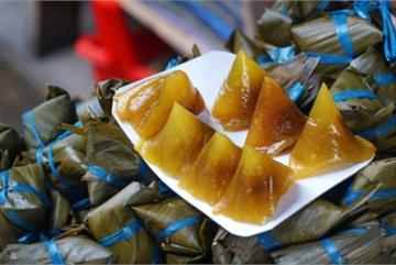HCM City's Ba Hoa market enjoys brisk trade for Doan Ngo festival
