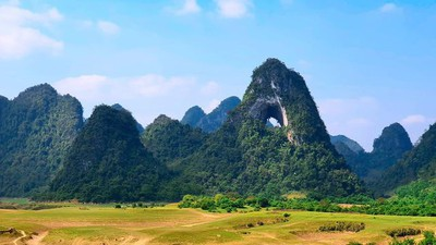 Nui Thung mountain - new check-in point in Cao Bang for young travelers