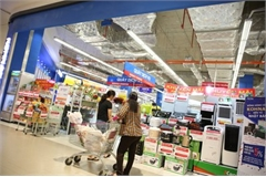 Vietnam's retail pie sweet but hard to get: JLL