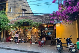Crowds returning to Hoi An marks start of post-pandemic period