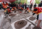 Vietnamese folk games: sitting tug-of-war and clay firecracker hurling
