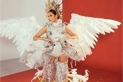Hoang Thuy to pick from three national costumes ahead of Miss Universe 2019