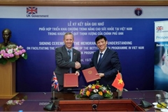 Vietnam steps up health co-operation with the UK