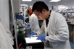 """""""Made-in-Vietnam"""" COVID-19 vaccine expected within nine months"""