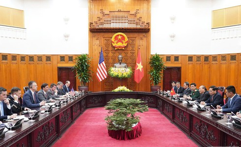 us supports vietnam and asean's stance on east sea issue hinh 1