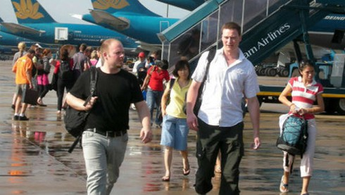 government decree on entry and exit of foreigners into vietnam hinh 0