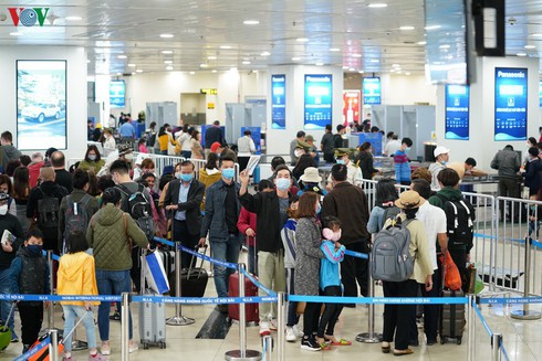 vietnamese citizens stranded abroad to be brought home hinh 0
