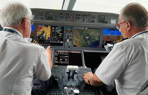 vietnam confirms 12 pakistani pilots 'are working' for local airlines hinh 0