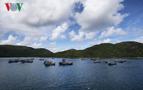 the attraction of sea tourism in vietnam hinh 2