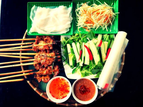 street food in hoi an ancient town hinh 0