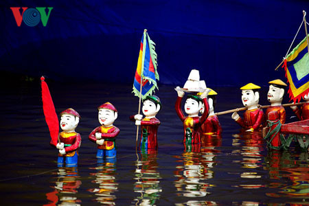 ha long theater helps link vietnamese traditional arts with wider world hinh 1