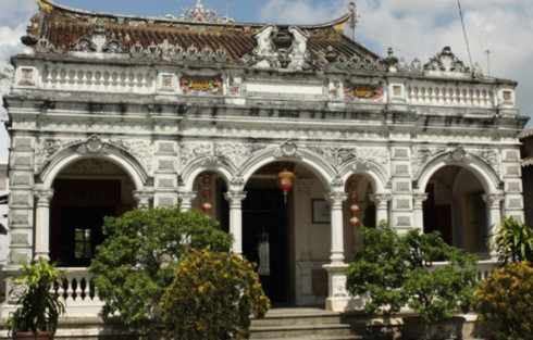 huynh thuy le ancient house, a national relic site hinh 0