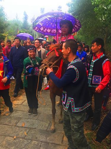 wedding rituals of the bo y hinh 2