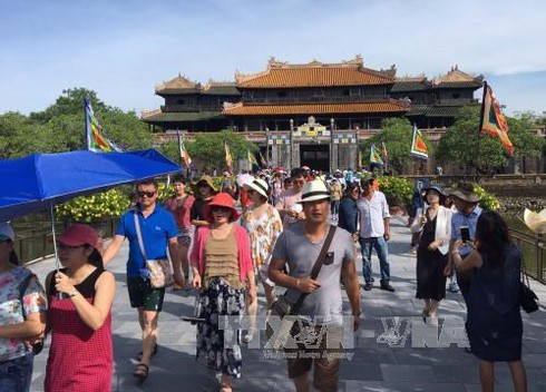 traditional tet revived at hue citadel hinh 0
