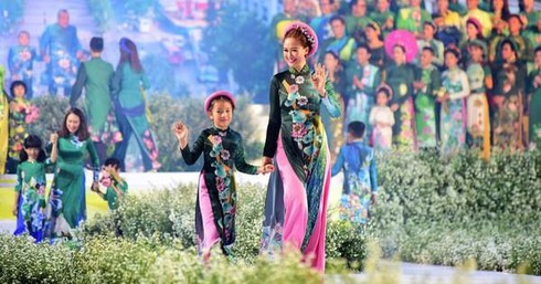 hcm city postpones ao dai festival due to covid-19 fears hinh 0