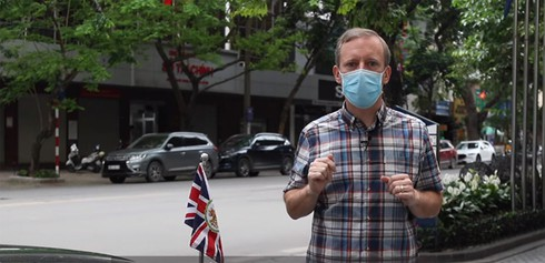 what foreign ambassadors say about vietnam's coronavirus fight? hinh 6