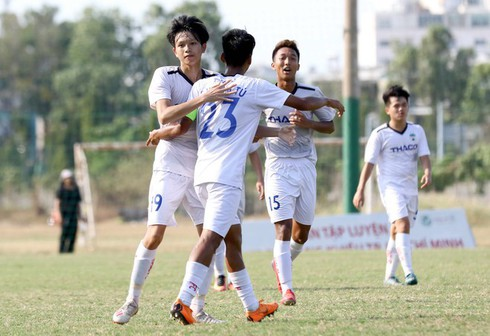 u19 footballers gather ahead of afc u19 championship finals hinh 0