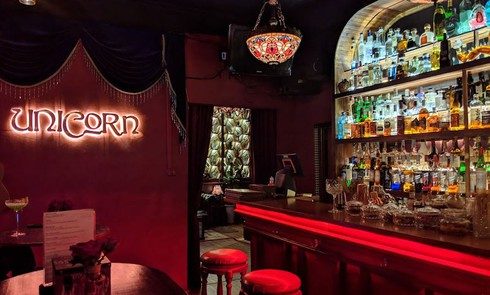 discovering must-go bars and pubs in hanoi hinh 3