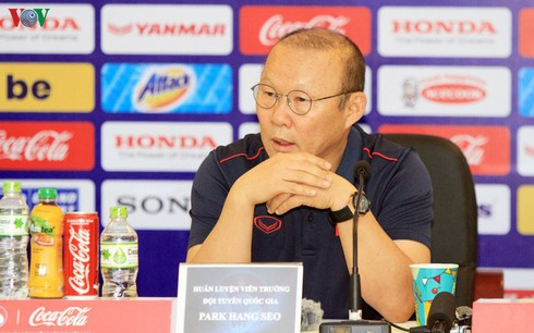 coach park hang-seo names large squad for u22 men's football team hinh 0