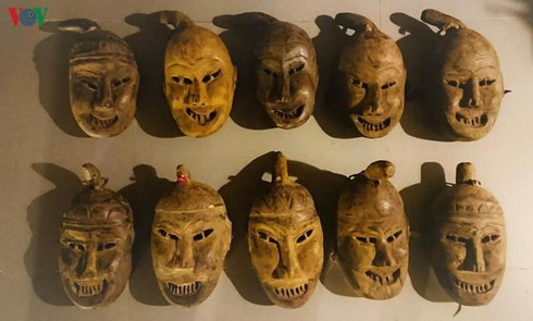masks in religious rites of the dao hinh 0