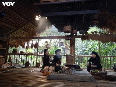 tay hamlet preserves ethnic culture hinh 0