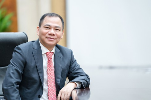 billionaire pham nhat vuong honoured by forbes in covid-19 fight hinh 0