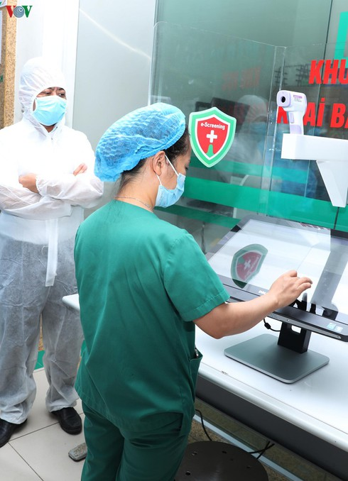 first contactless e-screening solution can help trace suspected covid-19 cases hinh 0