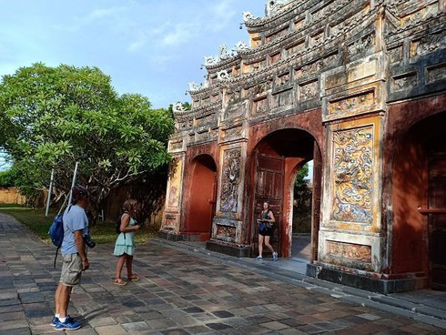 hue offers 50% discount on sightseeing fees to stimulate tourism hinh 0