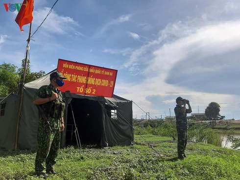 quang ninh sets up 74 checkpoints to prevent illegal border crossings hinh 0