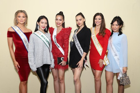 ngoc chau shines during miss supranational's sashing ceremony hinh 0
