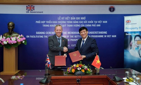 vietnam steps up health co-operation with the uk hinh 0