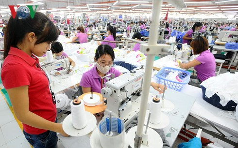 trade war to benefit vietnam's fashion sector hinh 0