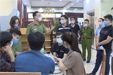 Khởi tố chủ nhà nghỉ che giấu 20 người Trung Quốc nhập cảnh trái phép