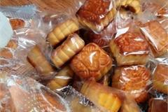 Tạm giữ hơn 1 nghìn chiếc bánh Trung thu nhập lậu vào Việt Nam