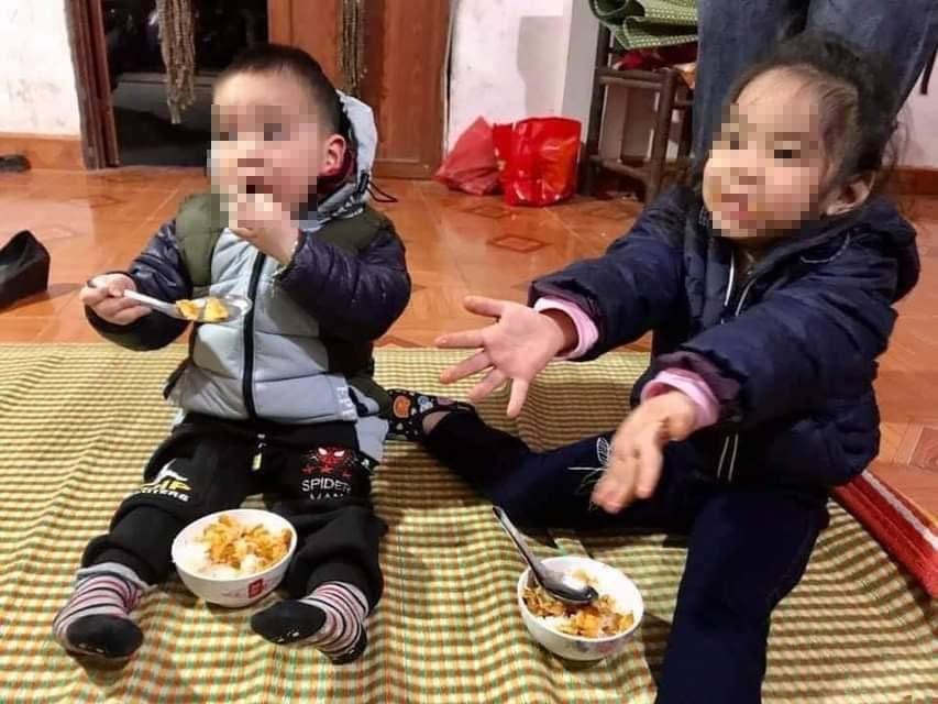 Hiện tại, hai bé đang được chị Bích cưu mang