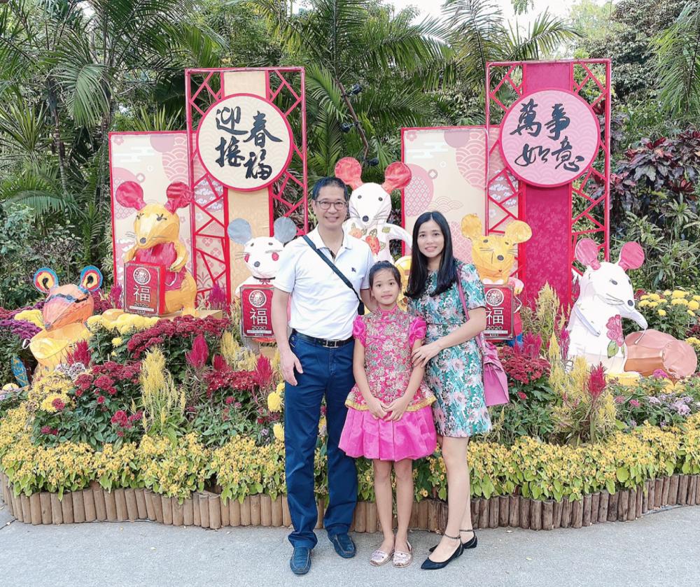 Gia đình chị Mùi du xuân ở Singapore (ảnh do nhân vật cung cấp)