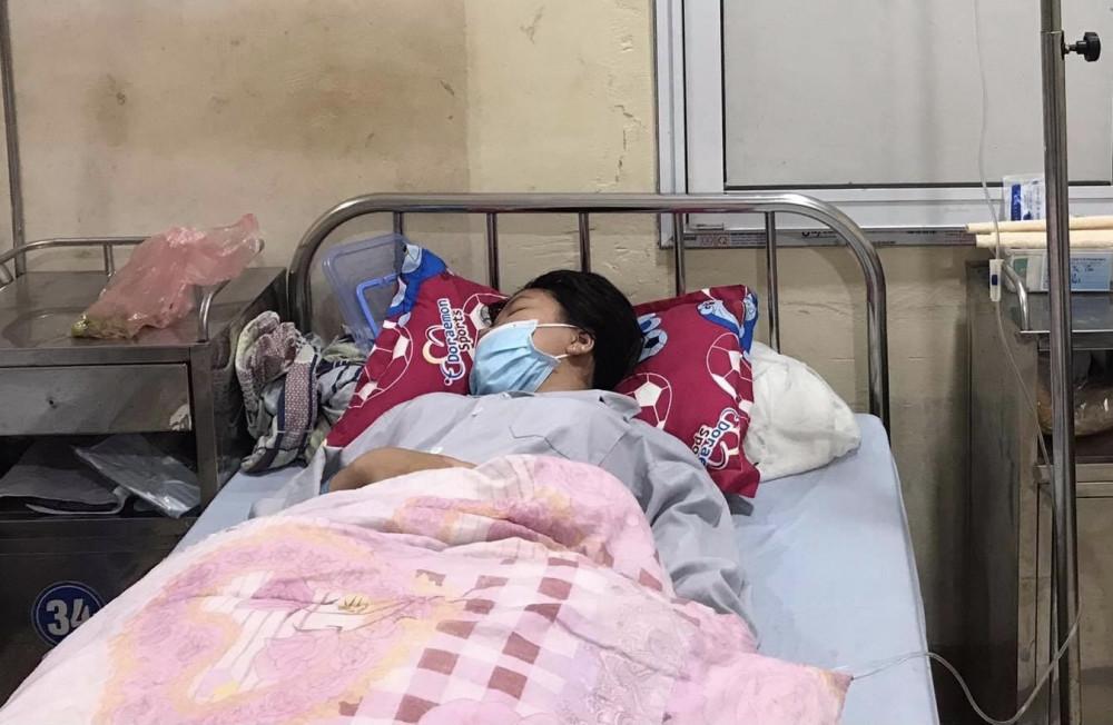 Cháu T điều trị tại bệnh viện.