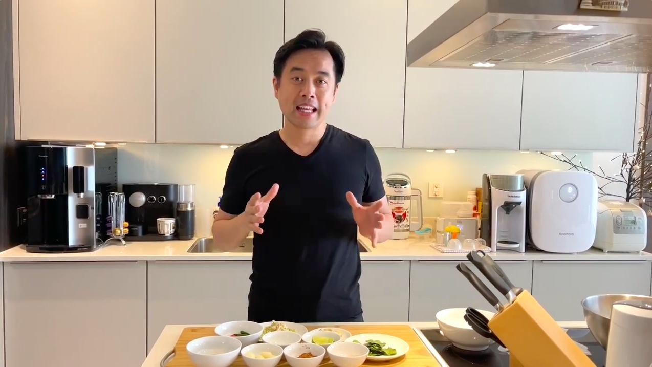 Nhạc sĩ Lưu Khắc Linh khoe bữa ăn nấu cho vợ