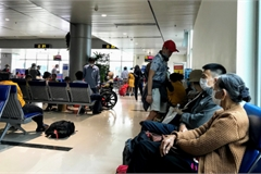 Vừa mở bán, vé máy bay đã khan hiếm dù giá không hề rẻ