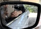 Miếng dán chống nước trên gương ô tô có thật sự hiệu quả?