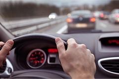 Bí quyết lái xe đường dài về quê ăn tết được an toàn