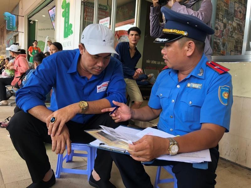 Tổng kiểm tra hoạt động tại Bến xe Miền Đông trước lễ 2-9 - ảnh 1