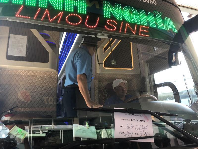 Tổng kiểm tra hoạt động tại Bến xe Miền Đông trước lễ 2-9 - ảnh 3