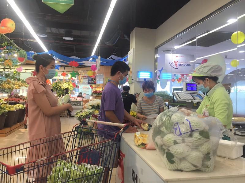 Lễ 2-9: Người dân tấp nập đi chợ mua cua, ghẹ, tôm - ảnh 12