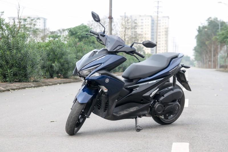 Nam giới nên chọn Honda Air Blade hay Yamaha NVX cho cá tính? - ảnh 2