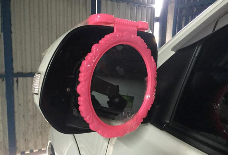Dù được trang bị gương nhưng không đảm bảo tiêu chuẩn kỹ thuật thì chủ xe vẫn bị phạt.